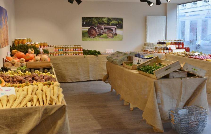 La boutique de la couveuse de commerce où les entrepreneurs de 1001 commerce vendent leurs produits